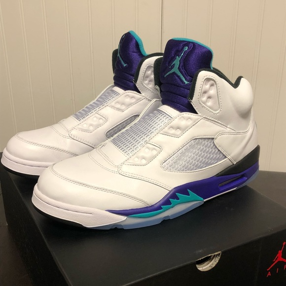 ee91544a Jordan 5 Retro Grape Fresh Prince. M_5bb272212e14786c49735db8